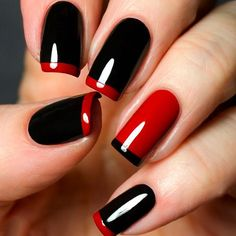 Here are stunning french manicure ideas between classic and modern french manicure designs like gel french manicure, reverse french manicure and more! French Manicure Gel, Black French Manicure, French Tip Nails, Nail Art Designs, French Tip Nail Designs, Nail Polish Designs, Red Tip Nails, Black Nails, Hair And Nails