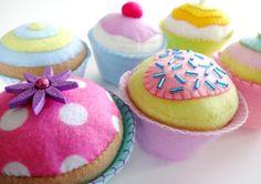 Patrón de costura de Cupcakes de fieltro por preciouspatterns