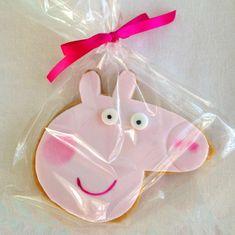 Alex B's Birthday / Peppa Pig - Photo Gallery at Catch My Party Pig Birthday, Birthday Ideas, Birthday Parties, Peppa Pig Cookie, Pig Cookies, Pig Ideas, Pig Party, Cake Ideas, Bakery