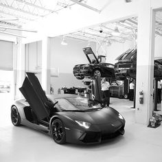Would you like to work here? Lamborghini Aventador