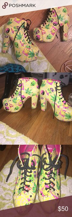 DOLLSKILL platform booties Jeffrey Campbell style Drug references lol trippy platform booties, in good condition dollskill Shoes Heeled Boots