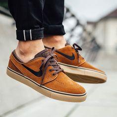 Nike SB Zoom Stefan Janoski via @titoloshop  #nikesb #skate #hypefeet #sneakers #kicks #sneakerhead #kickstagram #sneakershouts #swag #style #cool #photo #new #trainers #sneakertruth #todayskicks #sneakerholics #fashion #shoegasm #sneakerfriend #solenation #sneakergram #queenkicks #nike