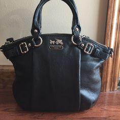 Coach handbag excellent condition Coach handbag excellent condition comes with shoulder strap which was never used Coach Bags Shoulder Bags