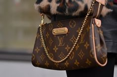 Louis Vuitton. Eva clutch! I've been wanting this for a while now.... :/ $650 too much to spend on such a treasure ?