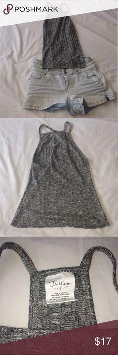 Trillium tank top NWOT sadly I've never worn this cute top because it just doesn't fit 😭 I really want it to o to a knew home ! It looks really small but can stretch! Does run a bit small! Trillium  Tops Tank Tops
