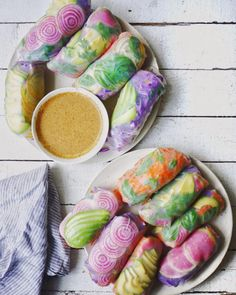 "KATE LOVES KALE - letscookvegan: Psychedelic Salad Rolls by. - letscookvegan: ""Psychedelic Salad Rolls by Erin McFarland Recipe: Ingredients Serves: 4 For the filling: 8 rice paper wraps 1 head purple cabbage 5 big carrots avocados 1 candycane beet Raw Food Recipes, Vegetarian Recipes, Cooking Recipes, Healthy Recipes, Sauce Recipes, Vegan Food, Healthy Food, Beet Recipes, Raw Vegan"