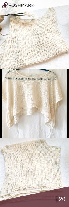 KIMCHI BLUE BEIGE CROP CROCHET TOP, SIZE XS 100% cotton.  Hand wash and dry flat.  A bit of stretch so good for XS/S. EUC Urban Outfitters Tops Crop Tops