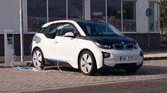 Tomáš Wagner potkal BMW i3 ve Vyškově. Díky za fotku!