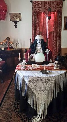 Halloween Table Decoration Ideas That Are Shockingly Fun In Fortune Teller Scene you love all the little details. Soirée Halloween, Halloween Queen, Halloween Carnival, Holidays Halloween, Halloween Themes, Vintage Halloween, Halloween Forum, Vintage Witch, Halloween Signs