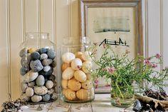 I love this jar of rocks, LOL