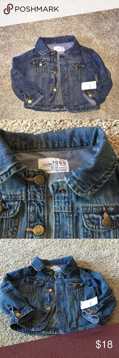 New baby gap denim jacket size 18–24 months with tags New baby gap Jean jacket size 18–24 months new with tags. Super cute snap upfront with two snap pockets on either side and snap cuffs. Super cute Baby Gap Dresses