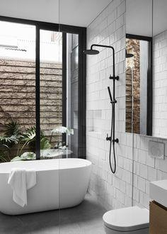 Galerie von Loft House / Tom Robertson Architects - 14 Source by lalalovejoy. Bathroom Goals, Bathroom Layout, Bathroom Interior Design, Modern Bathroom, Small Bathroom, Casa Loft, Loft House, Bathroom Renos, Laundry In Bathroom