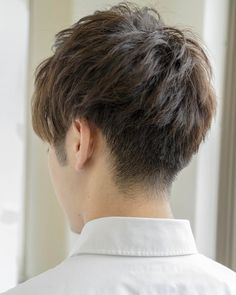【2017年最新】ツーブロックヘア特集♪ 彼氏にしてほしい髪型21選! | Linomy[リノミー] Asian Men Hairstyle, Asian Hair, Dress Hairstyles, Hairstyles Haircuts, Haircuts For Men, Short Hair Back, Short Hair Cuts, Short Hair Styles, Hair And Beard Styles