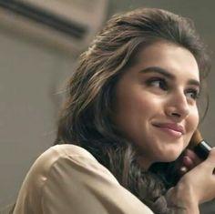 haa good acha ha stay away n study karo Bollywood Girls, Bollywood Stars, Bollywood Celebrities, Beautiful Bollywood Actress, Beautiful Indian Actress, Beautiful Actresses, Beautiful Girl Photo, Indian Beauty Saree, Woman Crush