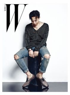 G-Dragon - W Korea October, a collaboration with Giuseppe Zanotti | Why in the world is this namja...