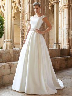 Raimon Bundó 2015: vestidos de novia elegantes y sencillos Image: 27