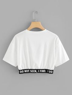 Camiseta corta con estampado de slogan-Spanish SheIn(Sheinside) Short t-shirt with slogan print-Spanish SheIn (Sheinside) Lazy Outfits, Crop Top Outfits, Cute Casual Outfits, Teenager Outfits, Outfits For Teens, Stylish Outfits, Girl Outfits, Girls Fashion Clothes, Teen Fashion Outfits