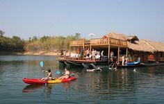 Dette er en helt unik rejse og perfekt for dem, der elsker at opleve et nyt land på en autentisk, anderledes og mere personlig måde. Rejsen starter i Bangkok, hvorefter de næste 5 dage bliver tilbragt på en husbåd, der sejler rundt på den uberørte og meget smukke Khao Laem sø. Efter dette autentiske og unikke eventyr, tililbringer I den sidste uge på paradisøen Koh Kood, hvor I kan nyde den dejlige natur, de smukke sandstrande og absorbere alle de dejlig oplevelser og indtryk.