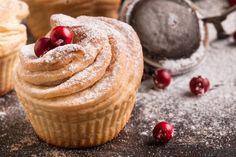 A croissant és a muffin házasításából született cruffin isteni reggelire, uzsonnára, töltelékekkel feldobva pedig egész nap fogyasztható kávéhoz, teához – vagy csak úgy, magában.