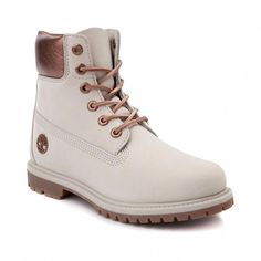 Timberland shows off its soft side with this velvety take on its signature hiker boot! The Timberland Premium Velvet Collar Boot features a waterproof nub Tims Boots, Shoes Boots Timberland, Timberland Waterproof Boots, Timberland Outfits, Timberlands Shoes, Timberlands Women, Timberland 6, Shoe Boots, Stilettos
