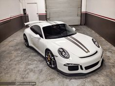 This stripe kit for the Porsche 991 GT3 features dual color over the top racing stripes. Easy to install and durable. Made from the highest quality vinyl.  *Matte Platinum Grey - Additional Cost