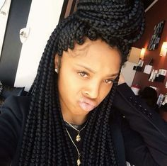 Help I don't know if I should do Box braids or Senegalese twists!!!