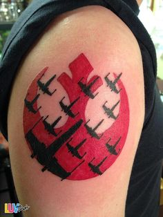 What does star wars tattoo mean? We have star wars tattoo ideas, designs, symbolism and we explain the meaning behind the tattoo. Star Wars Logos, Star Wars Rebel Tattoo, Rebel Alliance Tattoo, Tatoo Star, Star Wars Art, Star Trek, Tattoos Skull, Body Art Tattoos, Tattoo Ideas