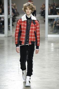 Tim Coppens Fall 2017 Menswear Undefined Photos - Vogue