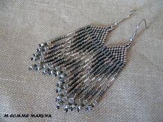 """Boucles d'oreilles perles Miyuki tissée main Bohostyle Bohemian Bohochic indien huichol Argernté et gris """"Etoile filante"""" : Boucles d'oreille par m-comme-maryna"""