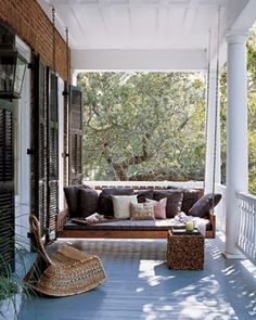 ROSA BELTRAN DESIGN BLOG: BRINGING MY GLOBAL BOHEMIAN VIBE OUTDOORS  patio deck yard backyard patterns prints ethnic ikat kantha kilim pillows cushions seating chaise daybed outdoor