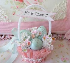 vintage Easter basket pink blue DIY decoration ideas