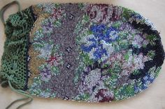 Beautiful Antique Victorian Beaded Bag Purse With Rose Floral Ornementation Just Perfect  3