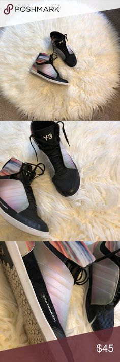 Yohi Yamamoto kicks Yohi Yamamoto for Adidas, men's 8 1/2, from the lunar collection, in fabulous condition with suede and leather accents these are great used condition shoes! Y-3 Shoes Sneakers