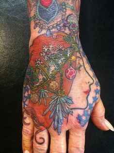 Lucy Hu - Art by Alphonse Mucha Art Nouveau Tattoo, Hand Tattoos, Small Tattoos, Body Tattoos, Modern Art Tattoos, Alphonse Mucha Art, Famous Tattoo Artists, Art Nouveau Flowers, Home Tattoo