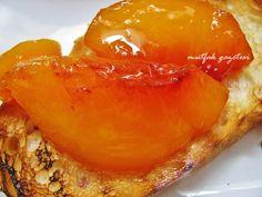 şeftali reçeli – Amazing World Food and Recipes Jam Recipes, Low Carb Recipes, Bread Recipes, Vegetarian Breakfast Recipes Easy, Vegan Vegetarian, Fun Desserts, Dessert Recipes, Peach Jam, Easy Eat