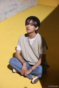 Bts Taehyung, Kim Namjoon, Jung Hoseok, Seokjin, Billboard Music Awards, Daegu, Vmin, Foto Bts, Bts Photo