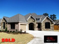 2478 Newark, College Station, TX 77845 | Sold with Andrea in June 2011 as a Buyer's Agent while on the BCS Dream Team of Cortiers Real Estate. List Price: $269,900