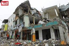 Le bilant du séisme survenu en Equateur s'alourdit encore. Au moins 646 personnes ont été tuées dans la catastrophe.
