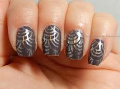 Are these art deco nails fun or what?!