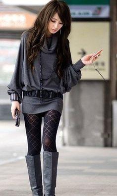 Moda japonesa _ Japanese fashion Super In! Japanese Fashion, Asian Fashion, Look Fashion, Womens Fashion, Fashion Trends, Fall Fashion, Ladies Fashion, Tokyo Fashion, Grey Fashion