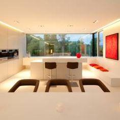 Villa Germany: Modern Küche von HI-MACS®