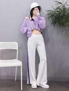 New korean fashion outfits Korean Girl Fashion, Korean Fashion Trends, Korean Street Fashion, Ulzzang Fashion, Korea Fashion, Asian Fashion, Look Fashion, Classy Outfits, Pretty Outfits