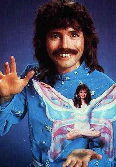 Doug Henning.. Wow don't let your kids see this they'll never let you live it down