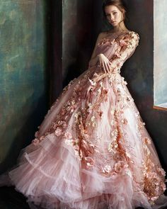 10 unbelievable floral wedding gowns for spring – 100 Layer Cake – Wedding Gown Ball Dresses, Ball Gowns, Prom Dresses, Wedding Dresses, Couture Wedding Gowns, Bridesmaid Gowns, Floral Wedding Gown, Floral Gown, Gown Wedding