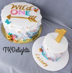 """""""Wild One"""" birthday cake and smash cake to match 1st Birthday Cake For Girls, Twin Birthday Cakes, Wild One Birthday Party, First Birthday Themes, Baby First Birthday, 1st Birthday Party Ideas For Girls, Birthday Wall, Birthday Banners, Birthday Cupcakes"""