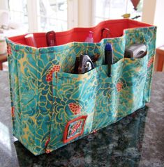 Purse (handbag) organizer pdf pattern.