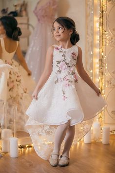 Hi Low Flower Girl Dress with Flowers Embroidery Pageant Dresses for Kids Gowns For Girls, Dresses Kids Girl, Girls Party Dress, Baby Dress, Cute Dresses, Kids Outfits, The Dress, Flower Girl Dresses, Little Girl Gowns