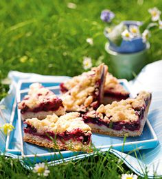 Heidelbeer-Streusel-Blechkuchen