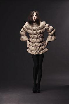 "Sandra Backlund: ""Last Breath Bruises"" collection Knitwear Fashion, Knit Fashion, Fashion Fabric, High Fashion, Sandro, Fabric Manipulation Fashion, Extreme Knitting, Sandra Backlund, Trend Fabrics"
