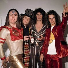 Slade what a group 1970s Bands, Slade Band, Noddy Holder, Rock Videos, Glam Rock, Great Bands, Led Zeppelin, Rock Style, T Rex